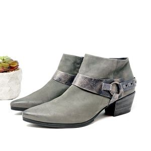 Paul Green | Foxie Nubuck Studded Leather Booties